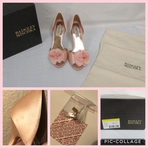 Badgley Mischka Shoes - Badgley Mischka 🌸 Thora Pink Satin Flower D'Orsay